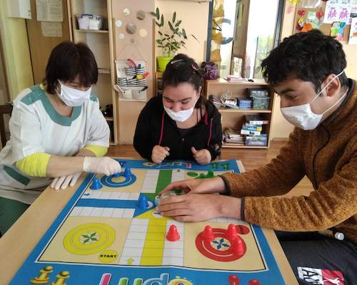 Helping At-Risk Youth Manage Change (Board Games <i>Are</i> Handy)